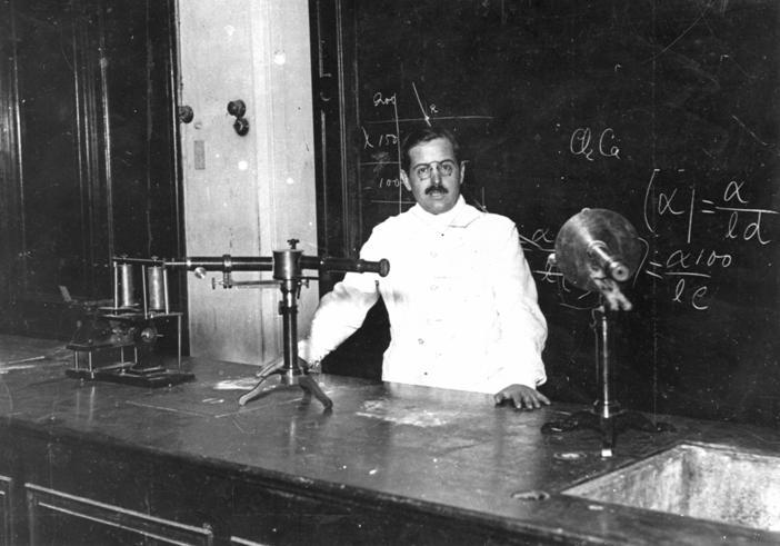 Día del Investigador Científica - Bernardo Alberto Houssay